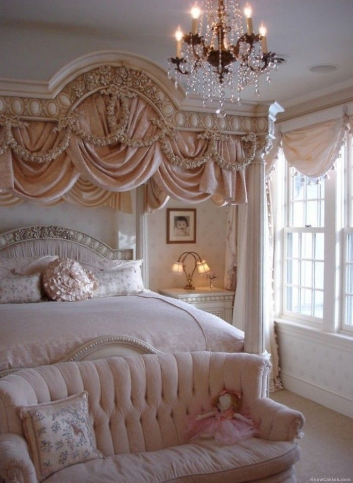 50 Antique Unique Bedroom Decorating Ideas  Homecantuk