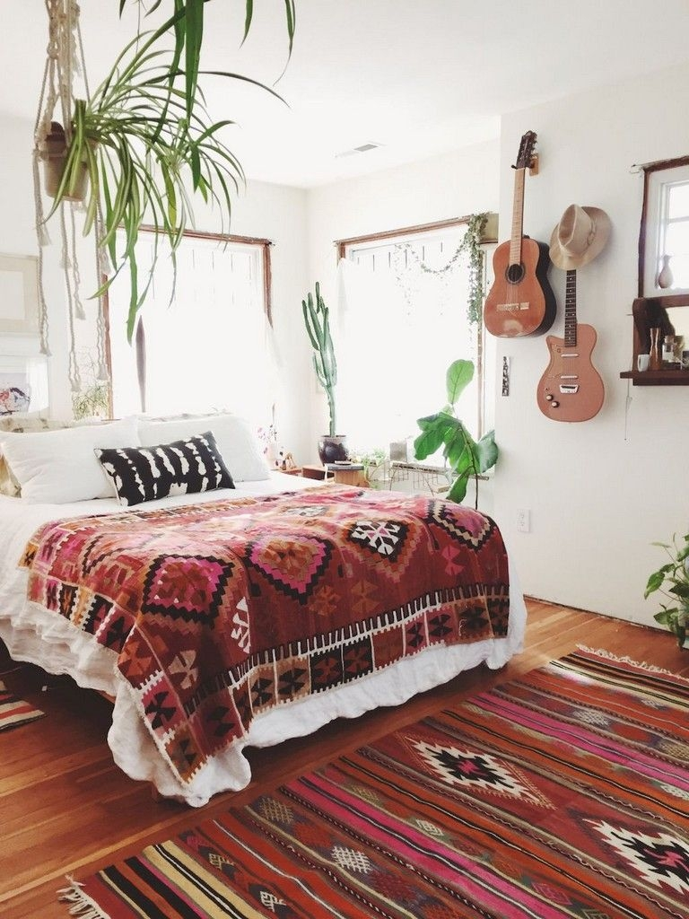 54 Comfy Hippie Bohemian Bedroom Decor Ideas