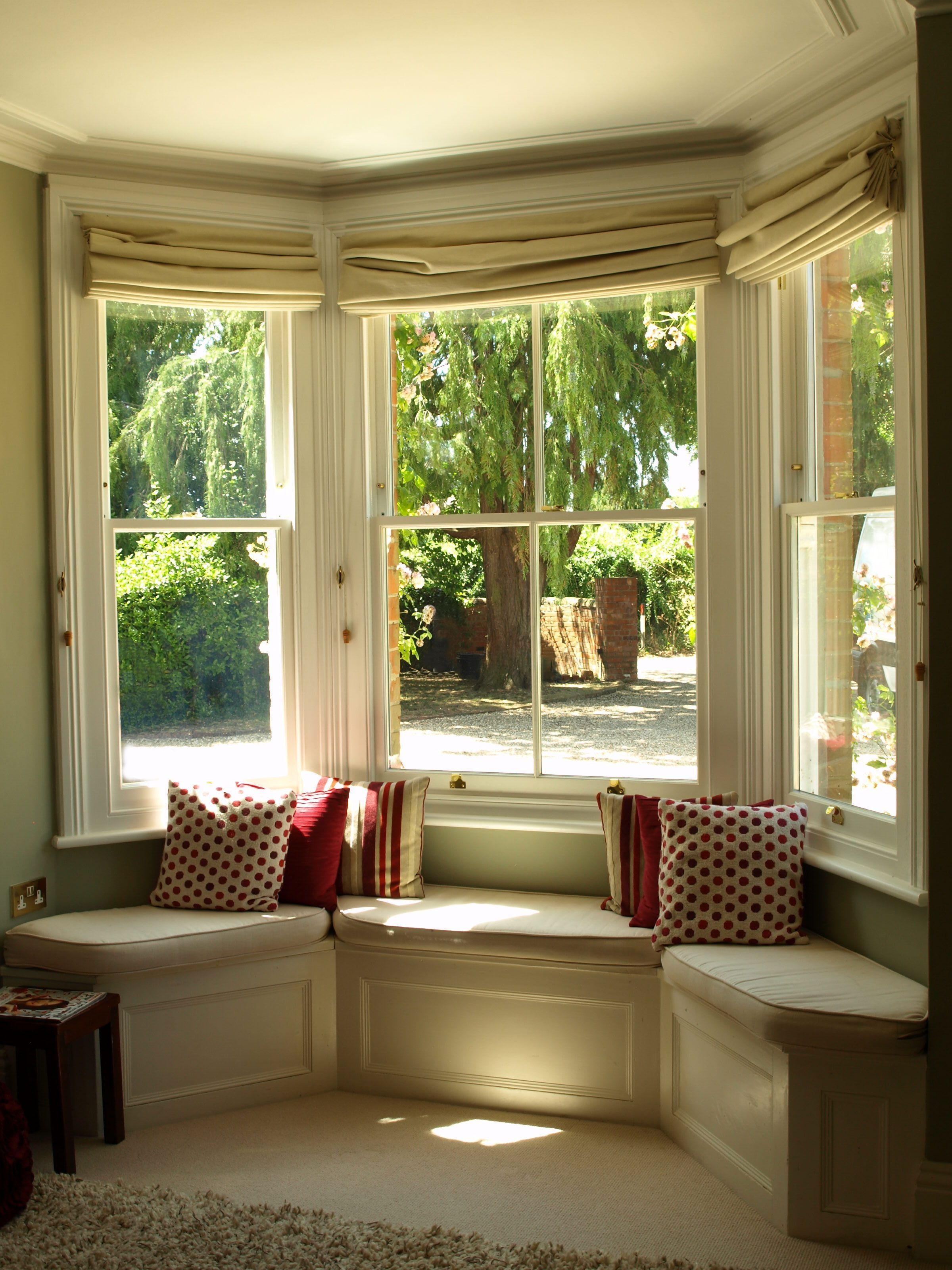 Pindavies  Davies Estate Agents London On Victorian Features  Bay Window Design Window
