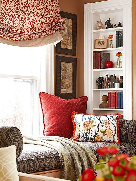 Secrets To Mixing Patterns When Decorating